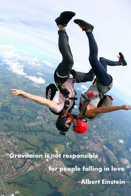 skydiving kiss 2